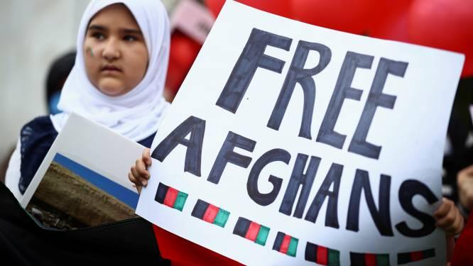 """EU en twintig landen uiten """"diepe bezorgdheid"""" over lot van Afghaanse meisjes en vrouwen"""