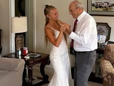 1.300 kilomètres en robe de mariée pour danser avec son grand-père