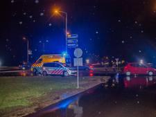 Auto rijdt voetganger aan op rotonde bij Doesburg