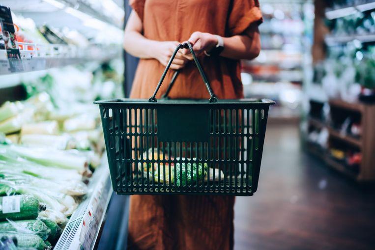 Geld besparen op boodschappen? Koop dan geen voorgesneden groente.  Beeld Getty Images