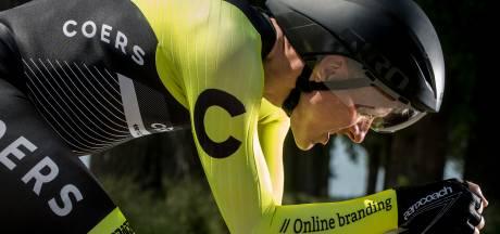 Robert Braam (46) uit Wageningen start als amateur op NK tijdrijden tussen Bouman en Dumoulin, en dat met een geknutselde tijdritfiets