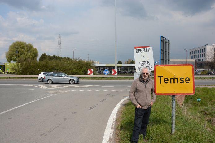 Geert Vandersickel is één van de vijftig buurtbewoners die bezwaar heeft ingediend tegen het afsluiten van de kruispunten.