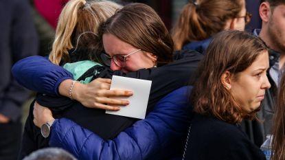 Honderden mensen nemen in Kortrijk afscheid van Youlia (19), die vermoord werd door jaloerse vriend