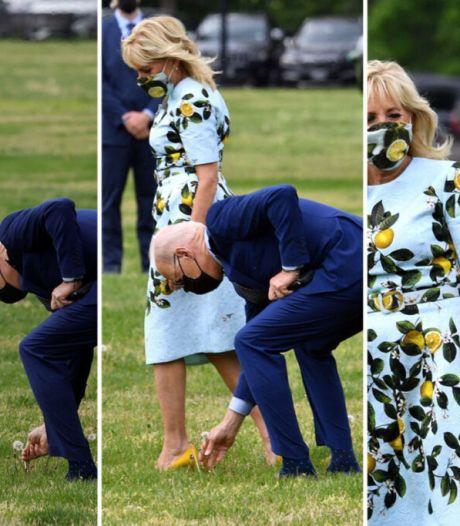Joe Biden surprend sa femme en lui offrant une fleur de la pelouse de la Maison Blanche