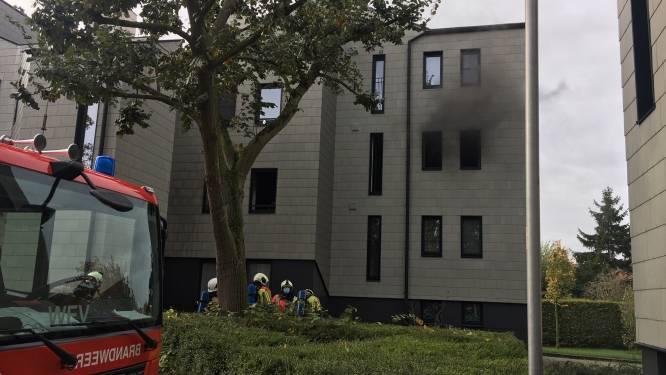 """Appartement onbewoonbaar na brand op eerste verdieping: """"Overlast van de bewoonster grondig beu."""""""