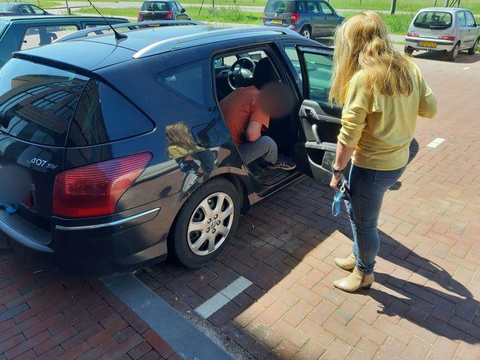 De Poolse man bivakkeerde al twee weken in een auto in de Arnhemse wijk Schuytgraaf.