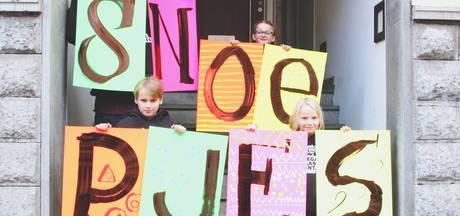 Kinderen steunen stakende leraren met zelfgemaakt tv-spotje