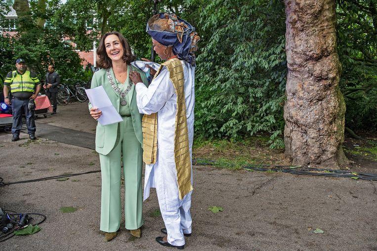 Burgemeester Femke Halsema bood vandaag namens de gemeente Amsterdam excuses aan. Beeld Guus Dubbelman / de Volkskrant