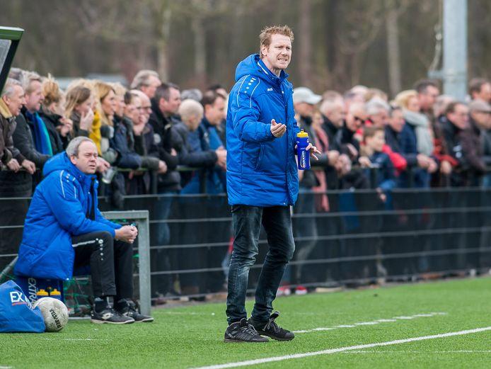 Theo van 't Zand stond al eerder langs de lijn bij USV.
