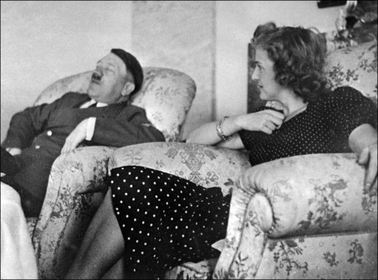 Hitler en zijn vrouw Eva Braun. Beeld rv