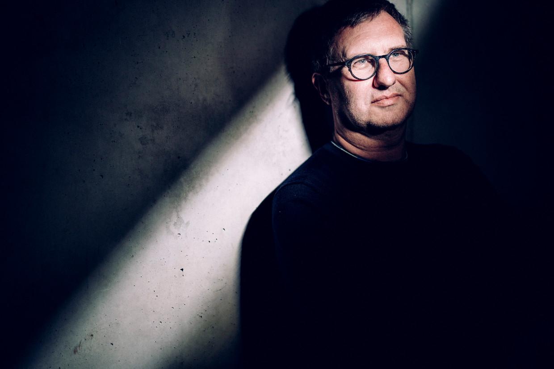 Jan Verheyen: 'Ik ben alleen arrogant als ik geconfronteerd word met domheid en incompetentie, met recensenten van wie ik denk: hoe is het in godsnaam mogelijk.'  Beeld © Stefaan Temmerman