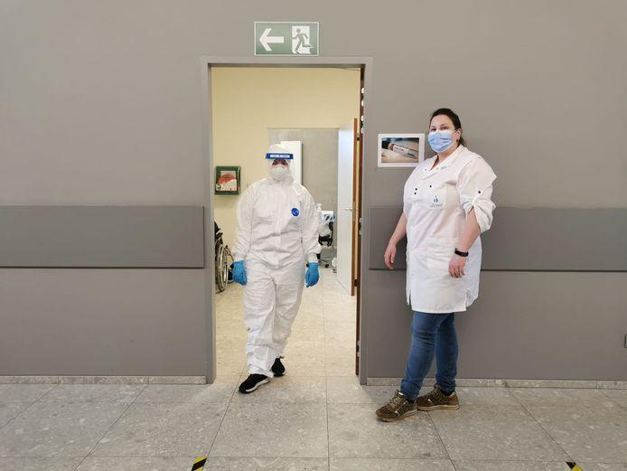 Het maatwerkbedrijf A-kwadraat richtte vorige week donderdag een intern testcentrum in, om alle werknemers te laten testen.