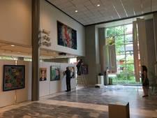 Veel kunstvormen in gemeentehuis en winkeletalages in Goirle