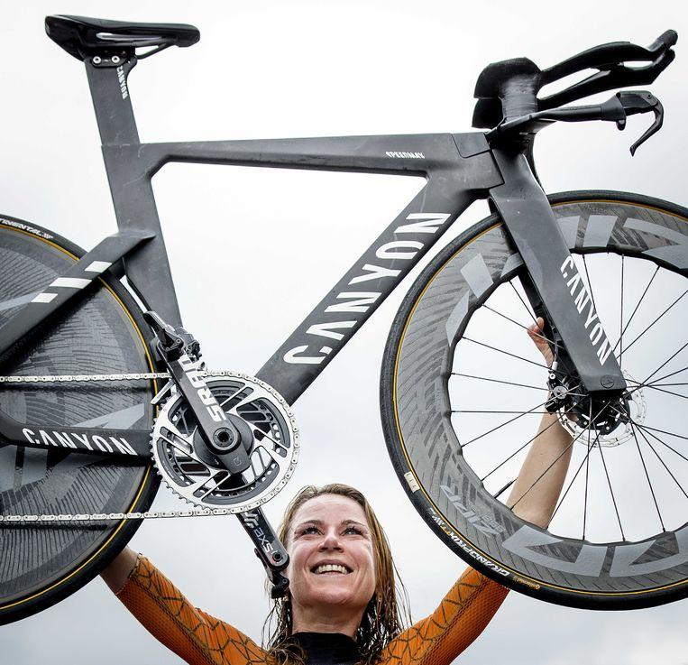 Dit keer won wielrenster Annemiek van Vleuten wél goud. Beeld ANP