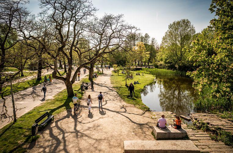 Het Vondelpark in Amsterdam dit jaar. Beeld Freek van den Bergh / de Volkskrant