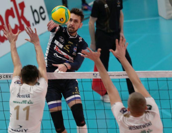 Hendrik Tuerlinckx is er niet bij de komende dagen in Roeselare. Hij sloot aan bij de nationale volleybalploeg.