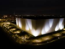 Dit gebouw wordt vanaf vanavond in de schijnwerpers gezet door een reusachtig lichtkunstwerk