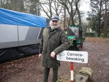 'SRV-man' Henk (62) strijdbaar na verlies kampeerplek: 'Van mijn actie zullen ze landelijk opkijken'