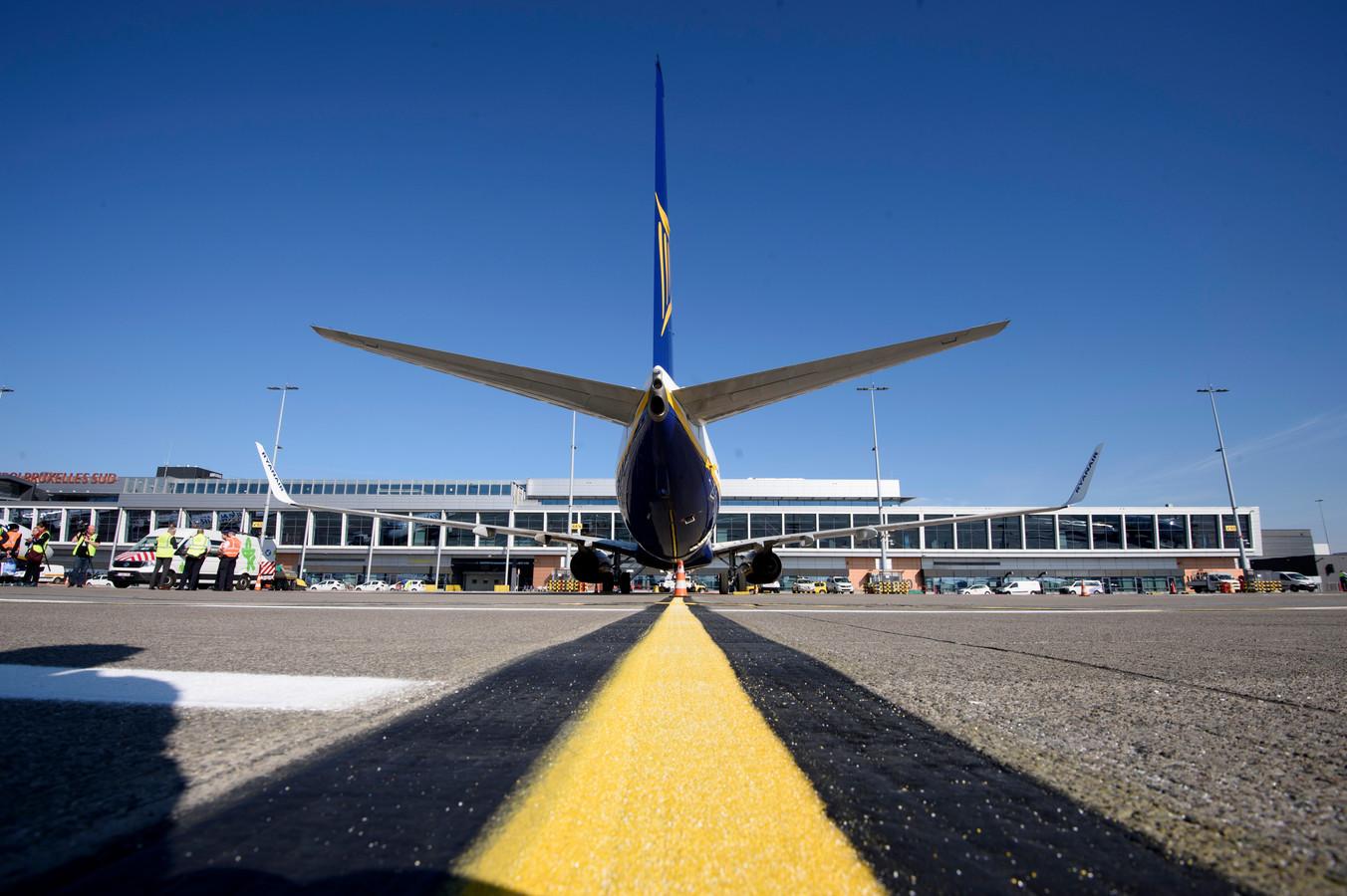 Un avion Ryanair sur le tarmac de l'aérorport de Charleroi, avril 2020.