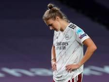 Miedema, Van de Donk en Roord met Arsenal uitgeschakeld in kwartfinales
