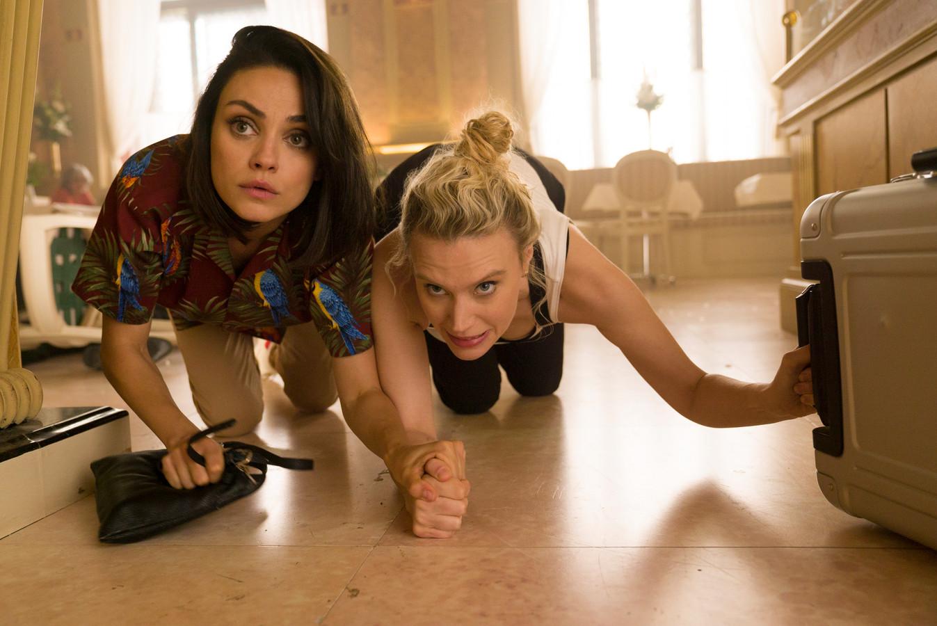 Mila Kunis en Kate McKinnon in The Spy who Dumped me.