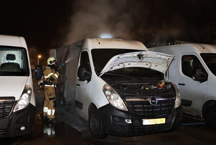 Brand bestelbus Oude Vlijmenseweg Den Bosch.