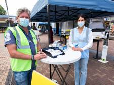 GGD komt met prikbus naar de mensen toe: 'Het ziet er niet uit als een eng vaccinatiecentrum'