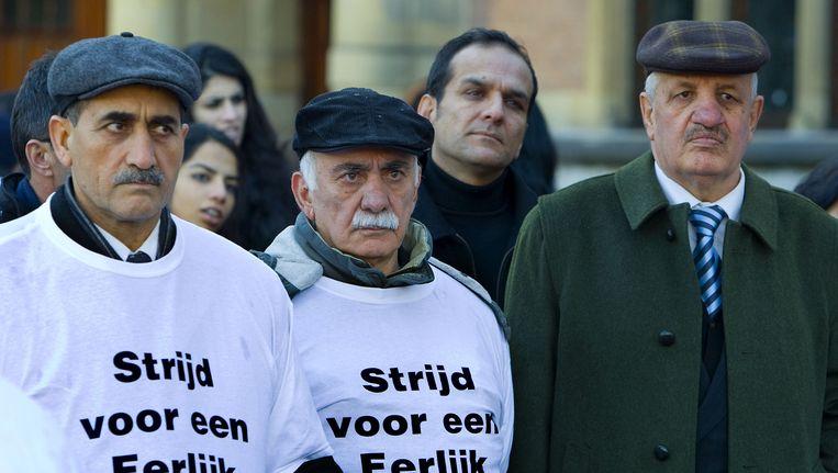 Demonstratie van Afghanen in Den Haag. De demonstranten vinden het onterecht dat de overheid hen of hun familieleden blijft beschouwen als vermeende oorlogsmisdadiger, waardoor ze geen verblijfsvergunning krijgen. (Archiefbeeld) Beeld anp