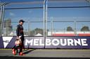 Max Verstappen op het circuit in Melbourne.