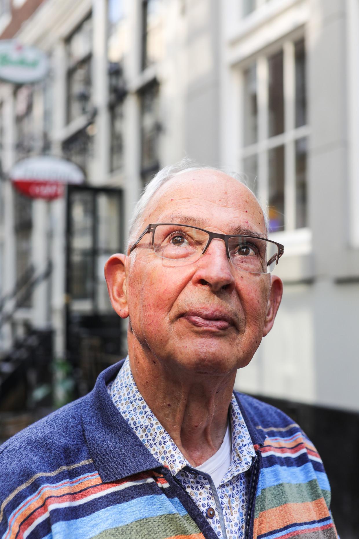 Jan Kloppenburg: 'Iemand die hier over honderd jaar loopt, moet zich ook nog een beeld kunnen vormen wat daar gebeurd is.' Beeld Eva Plevier