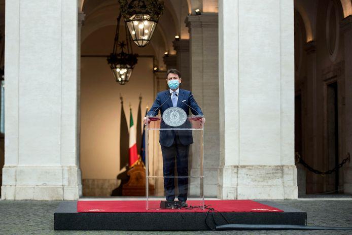 Giuseppe Conte tijdens zijn persconferentie vandaag.