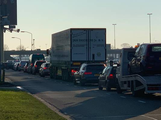File na kettingbotsing in Zaltbommel