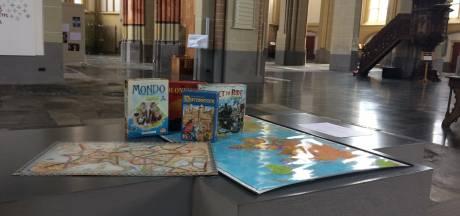 Oktober is Maand van de Geschiedenis: Kolonisten van Catan en een bijzondere atlas in de Walburgiskerk