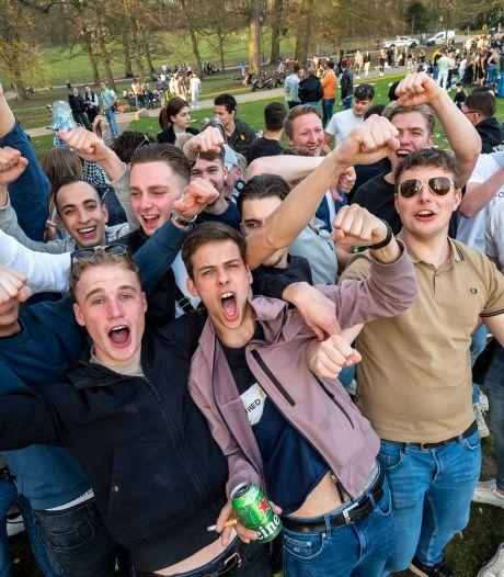 Feest in Sonsbeekpark Arnhem zonder coronavrees beëindigd met probleemloze ontruiming