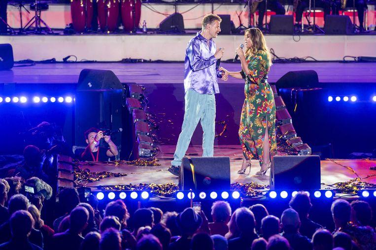 Het optreden van Trijntje Oosterhuis en Vieze Fur.  Beeld ANP