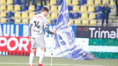 """Van """"Trossard daagde uit"""" tot """"politie greep kwartier lang niet in"""": Genk en Sint-Truiden wijzen elkaar met de vinger na voetbalrellen"""