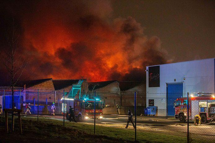 De brand woedde hevig.