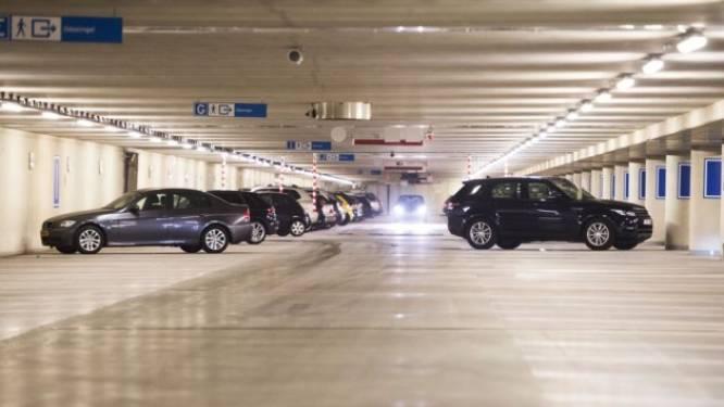 Lijst gebouwen met verdachte breedplaatvloeren van ingestorte parkeergarage Eindhoven Airport groeit