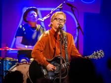 Guus Meeuwis stelt zijn concerten in New York opnieuw een jaar uit