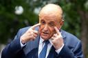 Rudy Giuliani ontkent met klem dat hij zich ongepast heeft gedragen tijdens de opnames van de nieuwe Borat-film.