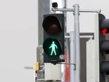 Nieuw verkeerslicht herkent voetgangers en geeft ze automatisch groen licht