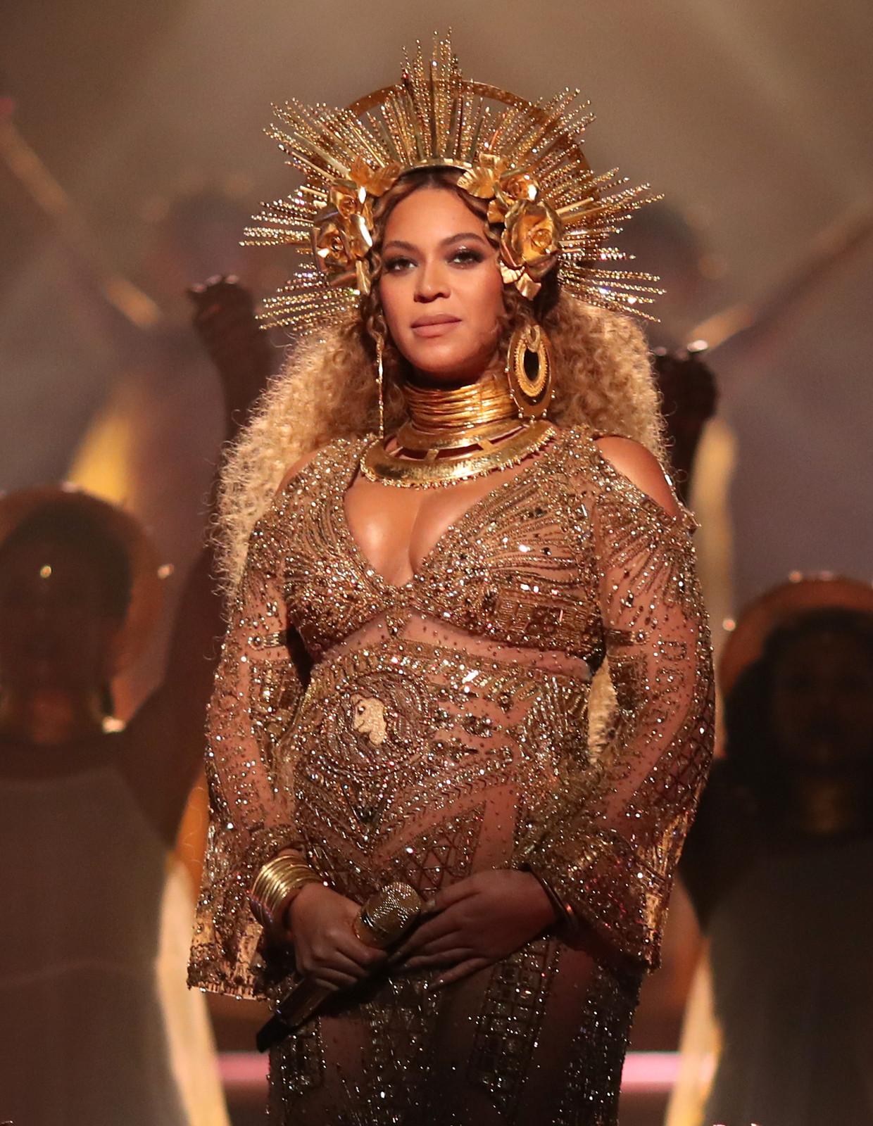Queen B bij de Grammy Awards in 2017: zwanger, krachtig, mysterieus, succesvol en een rolmodel voor velen.  Beeld Getty Images for NARAS