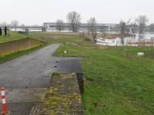 In de Maas blijft het bij een 'verhoogde waterstand' zonder grote problemen
