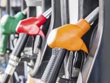 Dief tankt voor 600 euro aan brandstof met ontvreemde tankpas in Bladel en Veldhoven