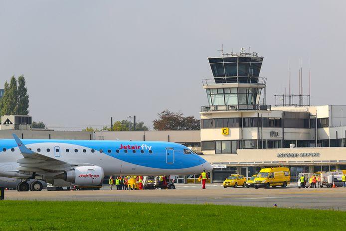 De luchthaven van Deurne opent maandag 28 juni een eigen covid-testcentrum.