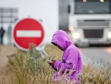 Parijs wil illegale vluchtelingen vastzetten
