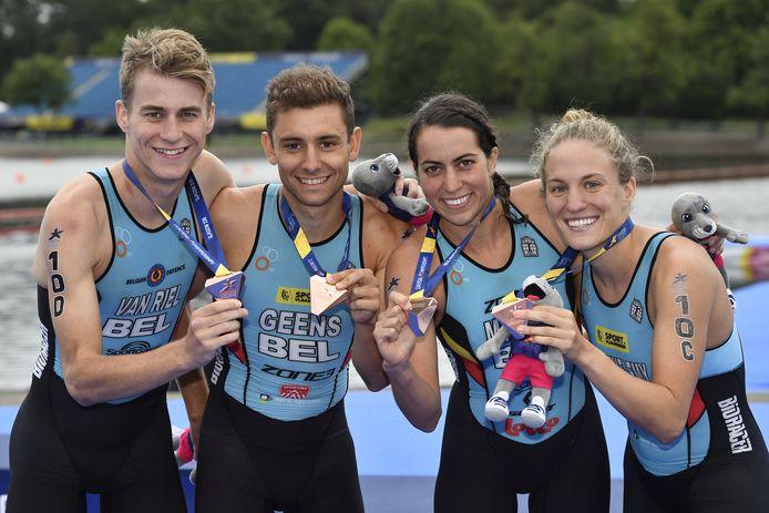 Une médaille pour le relais mixte?