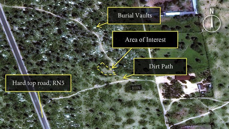 Amnesty International gaf eerder dit jaar foto' vrij van locaties in Burundi waar zich massagraven zouden bevinden. Beeld Digital Globe/Amnesty Intl