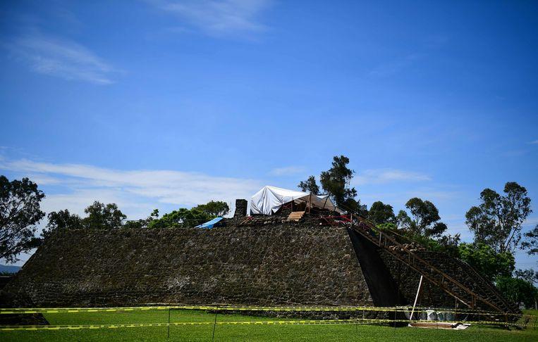 De tempel werd gevonden onder één van de imposante tempels in Teopanzolco.