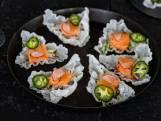 Wat Eten We Vandaag: Rijstnacho's met zalm sashimi